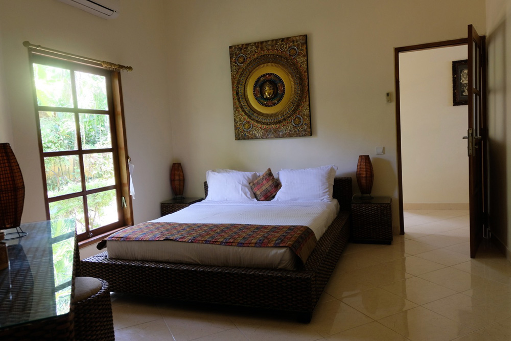 bali seafront villa for rent